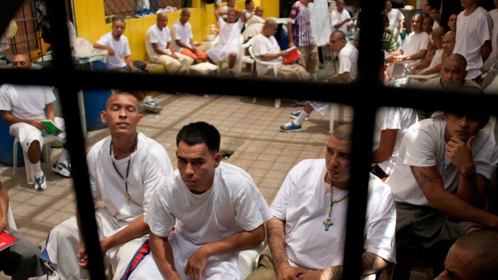 Carcel en El Salvador