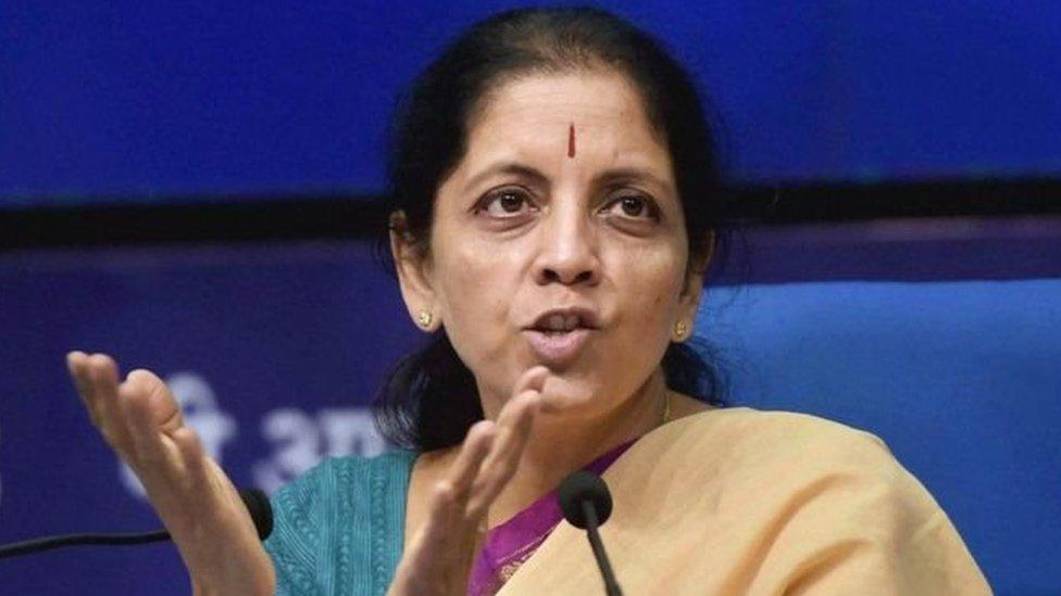 वित्त मंत्री ने कहा, 'एयर इंडिया और भारत पेट्रोलियम को मार्च तक बेच देंगे': प्रेस रिव्यू