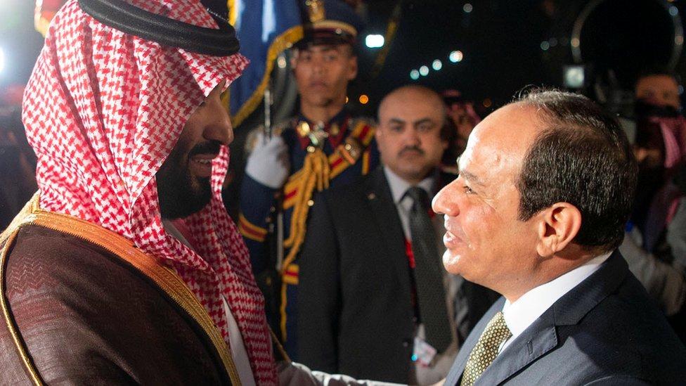 الرئيس المصري عبد الفتاح السيسي يستقبل ولي العهد السعودي