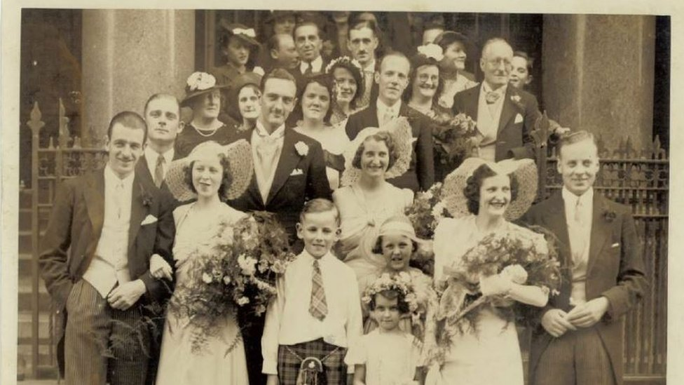 Police try to trace the owner of a set of old photos found in Glasgow