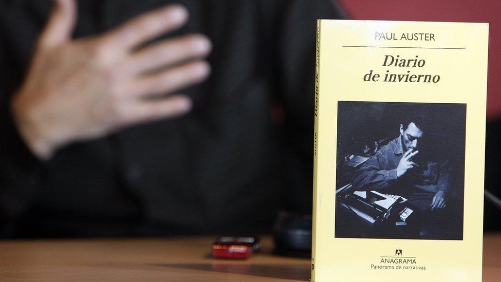 A Spanish translation of a Paul Auster novel
