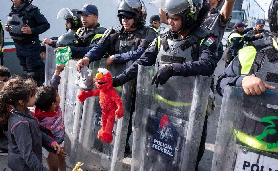 Migrantes en El Chaparral.