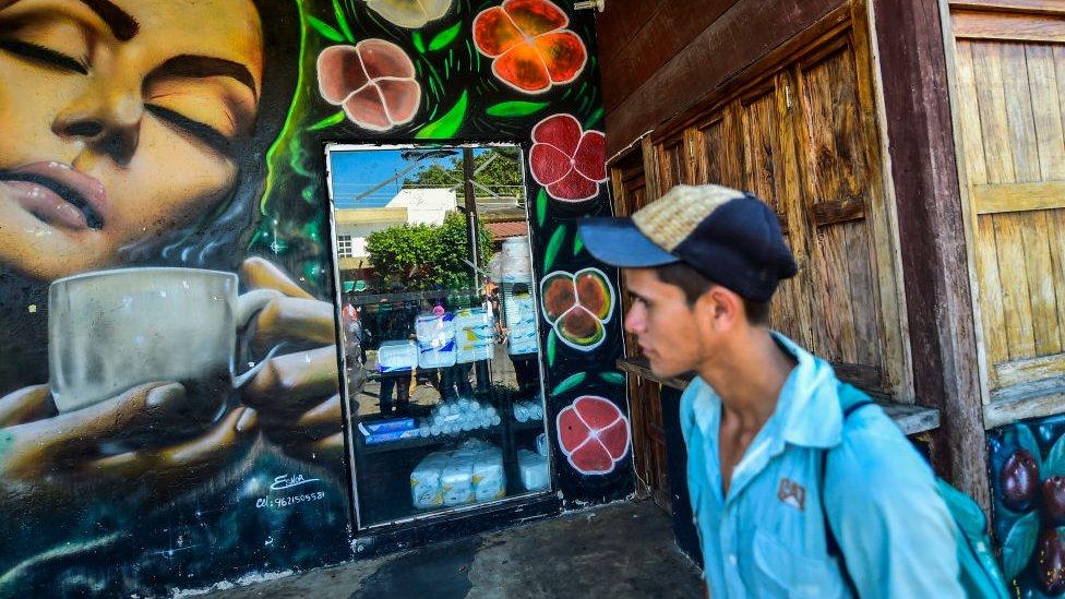 Mural sobre café en Tapachula