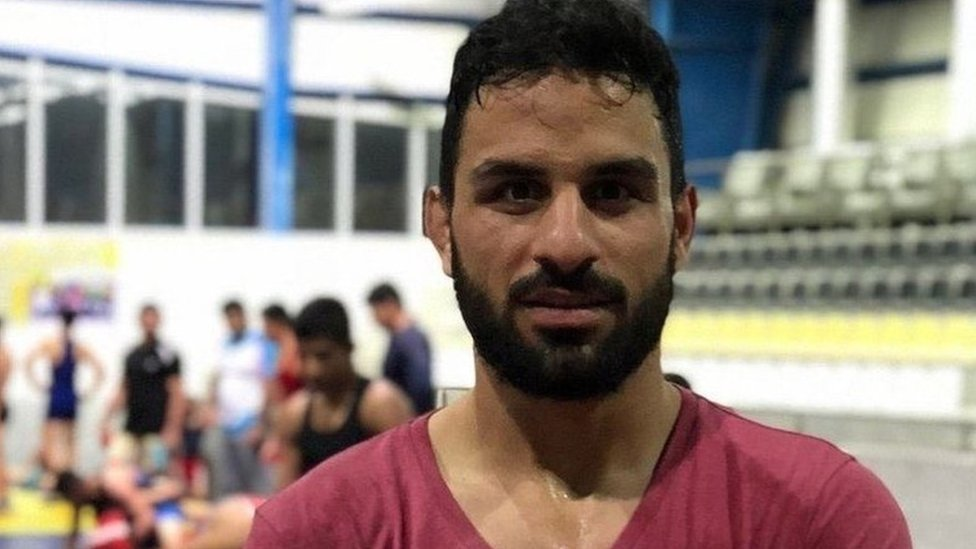 Navid Afkari: Trump urges Iran not to execute champion wrestler thumbnail