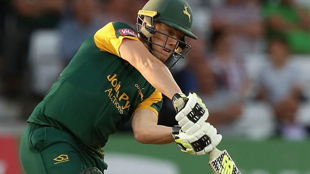T20 Blast: Tom Moores' back-to-back sixes seal knockout win for Notts