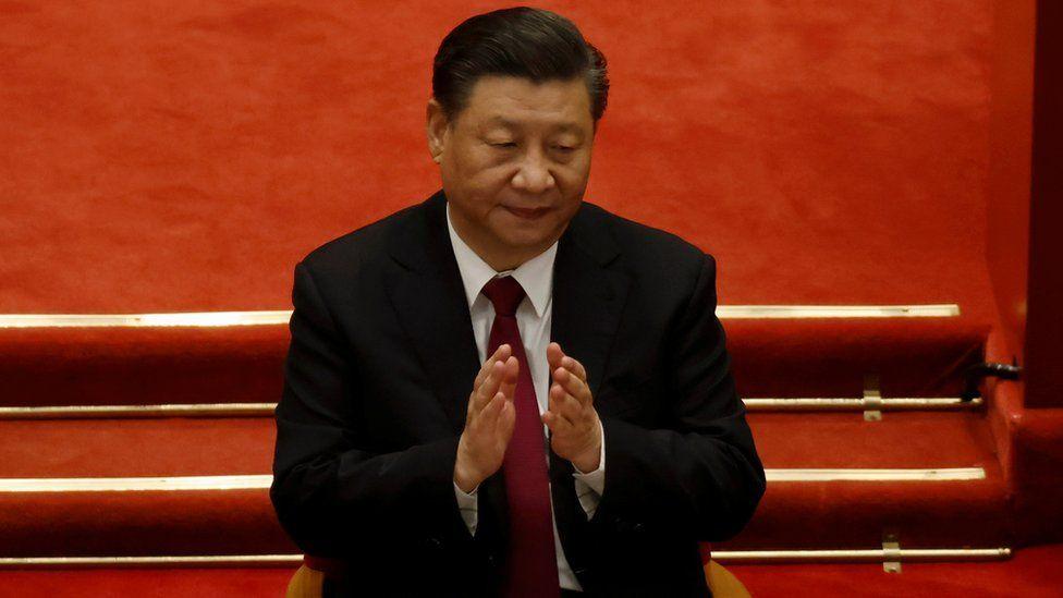 習近平於5月31日主持中共中央政治局集體學習時表示,中國要在國際社會廣交朋友,努力塑造「可信、可愛、可敬」的形象。