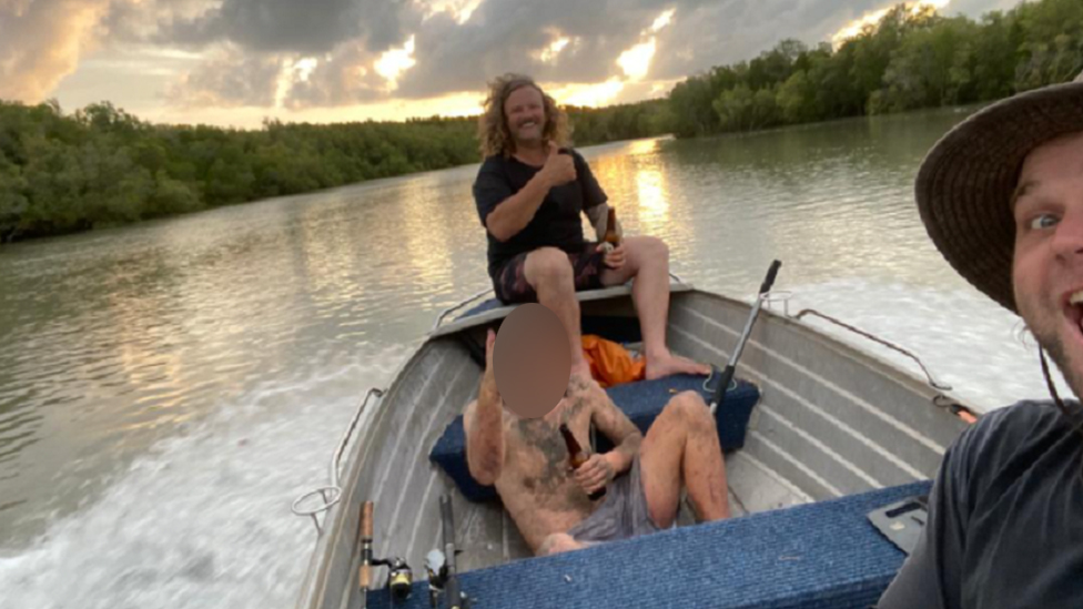 Two fishermen shared a beer with a fugitive they found in mangroves near Darwin