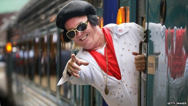 Elvis fan boards the Elvis Express from Sydney to the festival in Parkes