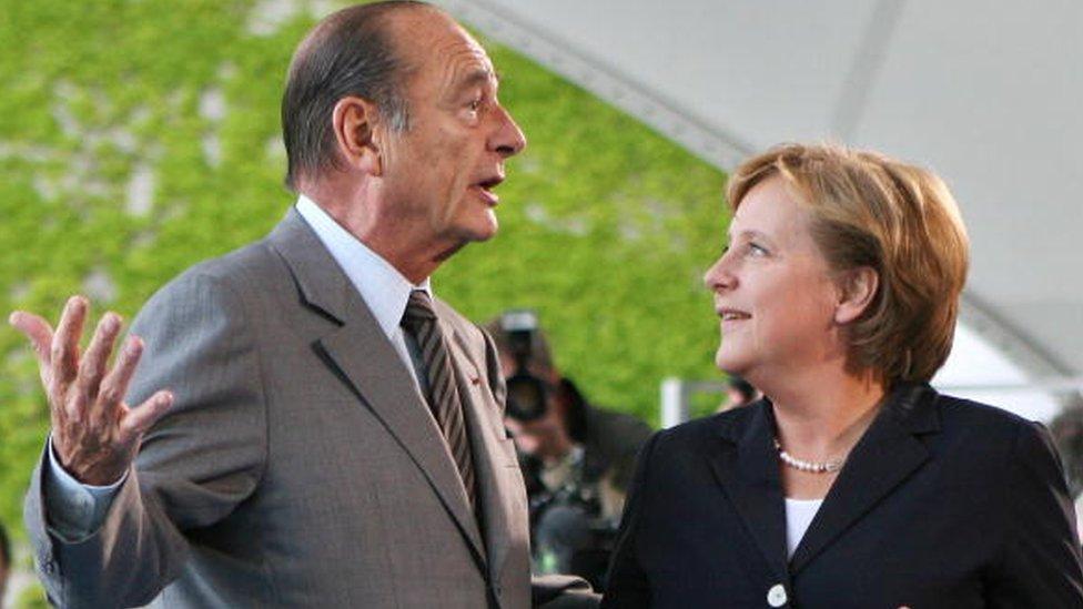 Merkel y Jacques Chirac