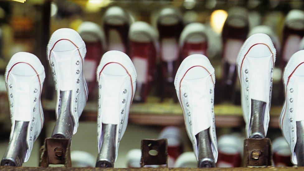 Fábrica de zapatillas