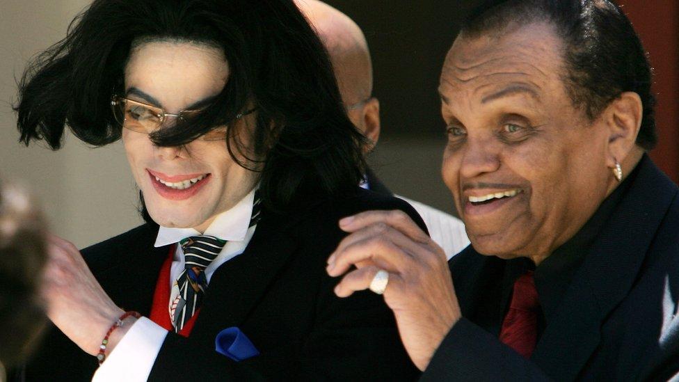 Joe Jackson, el papá de Michael Jackson, murió a los 89 años