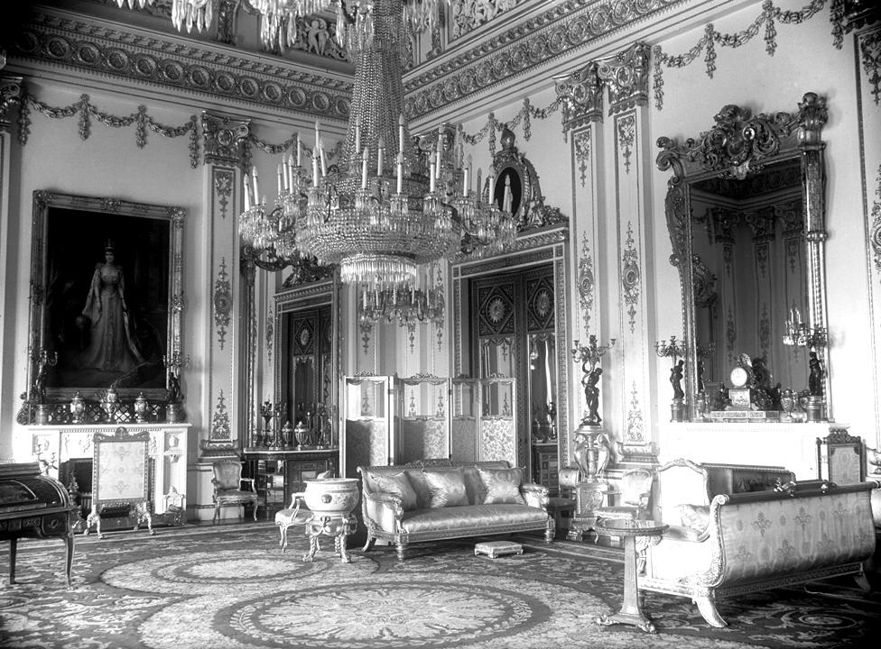 White Drawing Room, Buckingham Palace, 1947