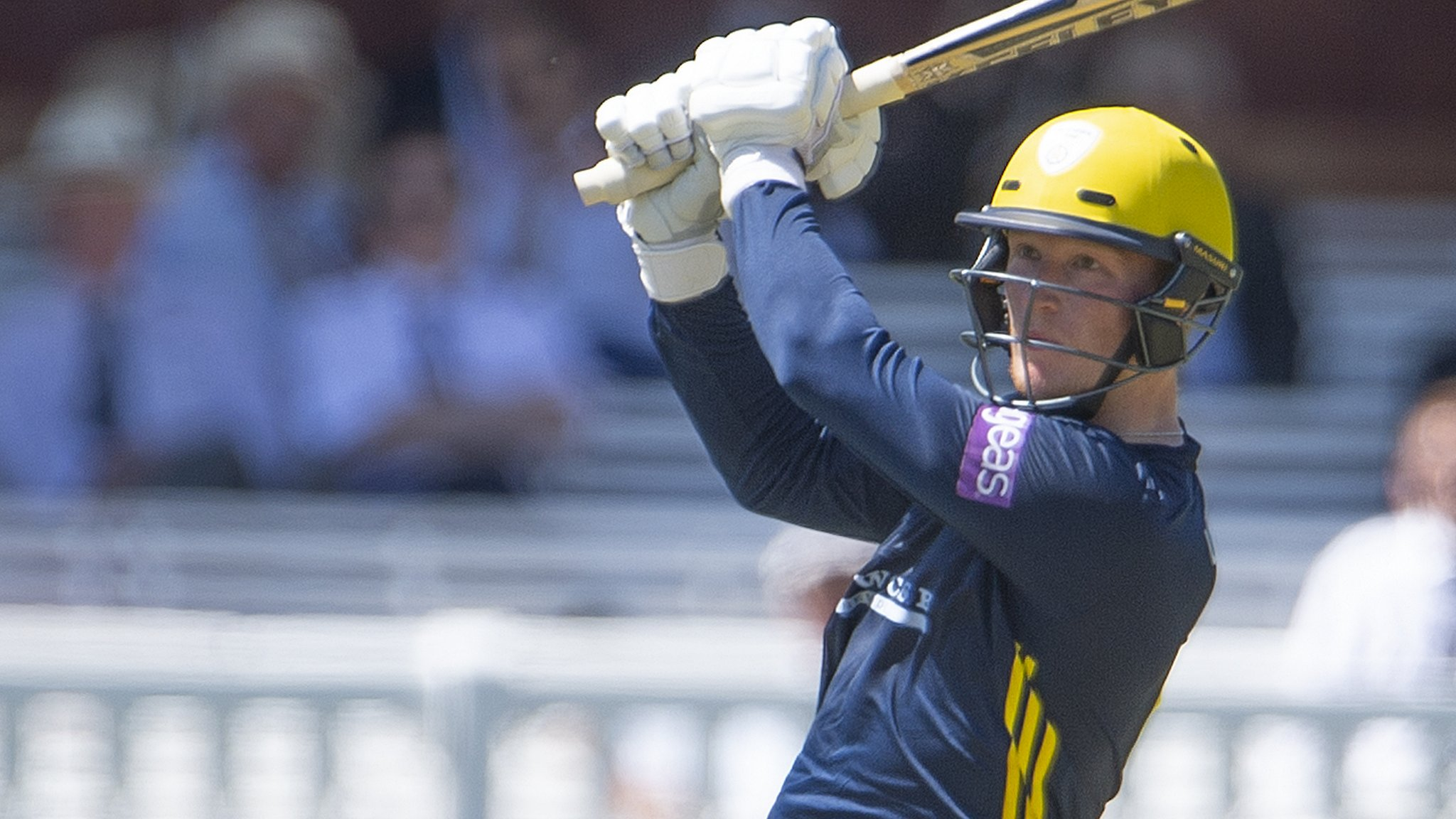 Hampshire: Tom Alsop, Joe Weatherley and Brad Wheal sign new contracts