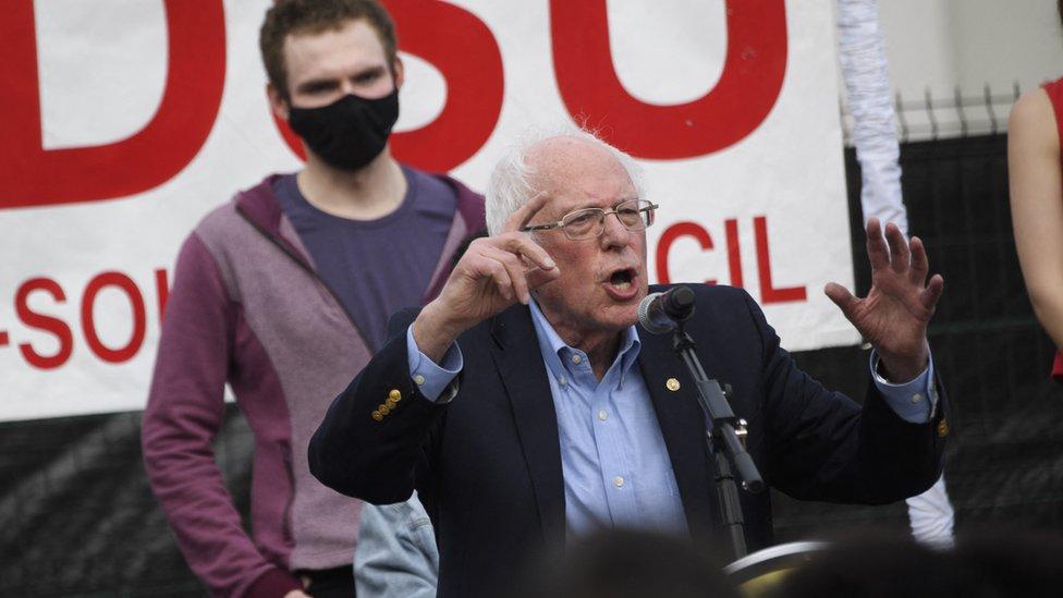 Bernie Sanders en u mitin en Alabama