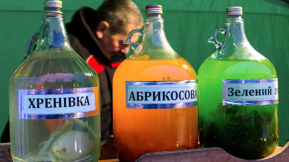 Приватний спирт: Зеленський хоче скасувати держмонополію вже з 1 січня