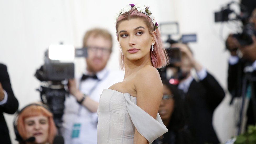 Hailey Baldwin arrives at the Metropolitan Museum of Art Costume Institute Gala to celebrate the opening of Heavenly Bodies: Fashion and the Catholic Imagination in the Manhattan borough of New York, 7 May 2018