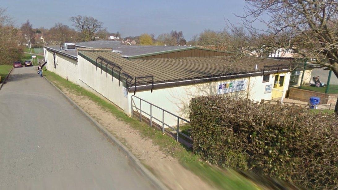 Community could buy Chard swimming pool for £1