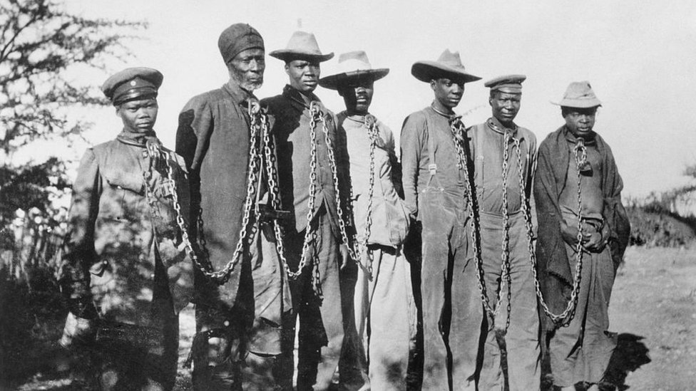 نالت ناميبيا استقلالها في عام 1990 بعد عقود من سيطرة جنوب إفريقيا العنصرية عليها عقب الحرب العالمية الأولى