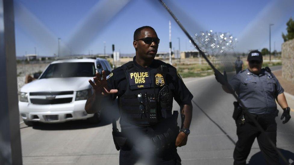Trump calls for deportations without judicial process