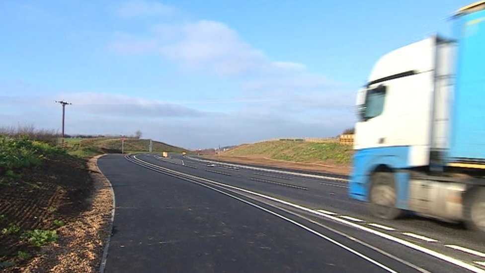 Kegworth bypass opening reduces lorries in village