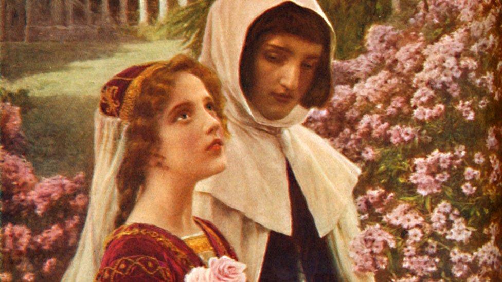 """Dante y Beatriz en el jardín, ese día en el que el poeta se enamoró perdidamente, en una ilustración de """"Romance de vidas famosas"""" de Cassell, volumen 1 por Harold Wheeler."""