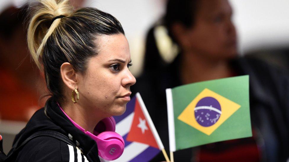 Programa Más Médicos: la difícil situación de los miles de doctores cubanos que ...