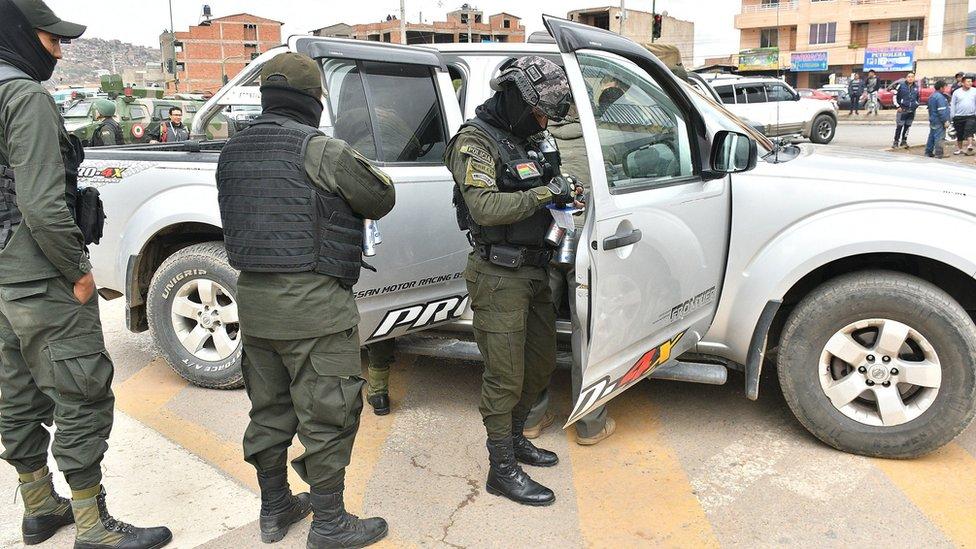 Militares bolivianos en Cochabamba