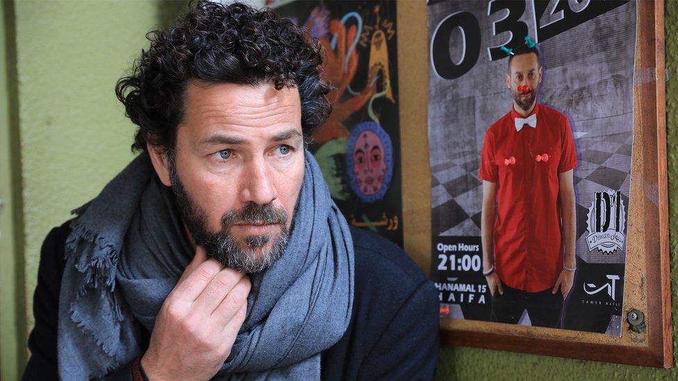 """نال الممثل صالح بكري جائزة أفضل ممثل في مهرجان مانهاتن للأفلام القصيرة عن فيلم """"الهدية"""""""