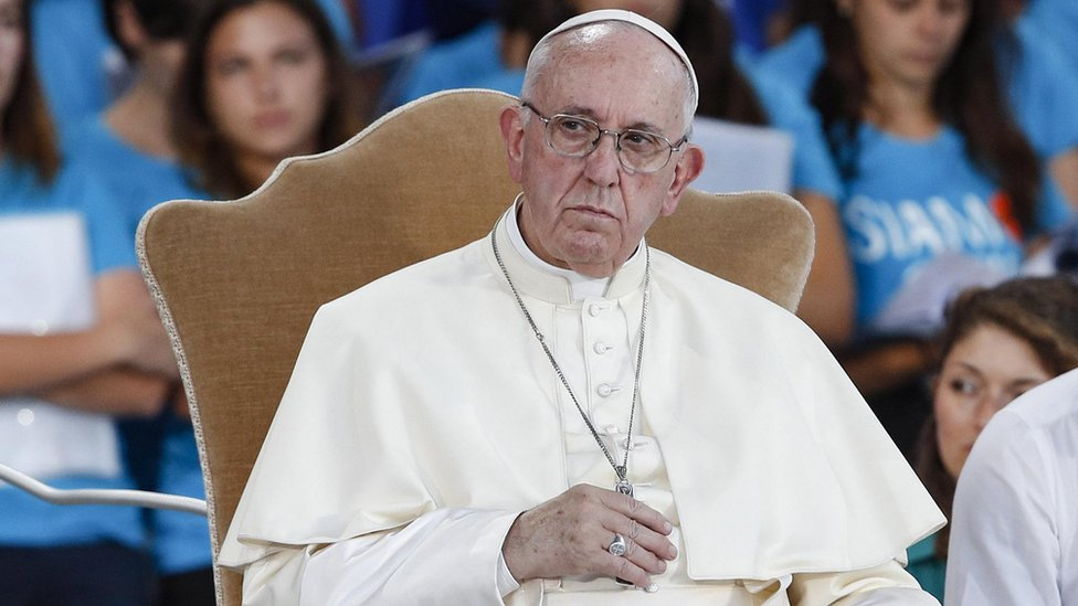 Pope 'should meet Irish clerical sex abuse victims'