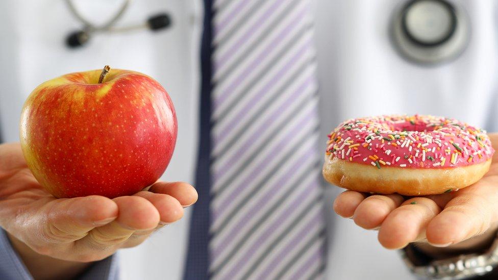 Manzana vs. donut