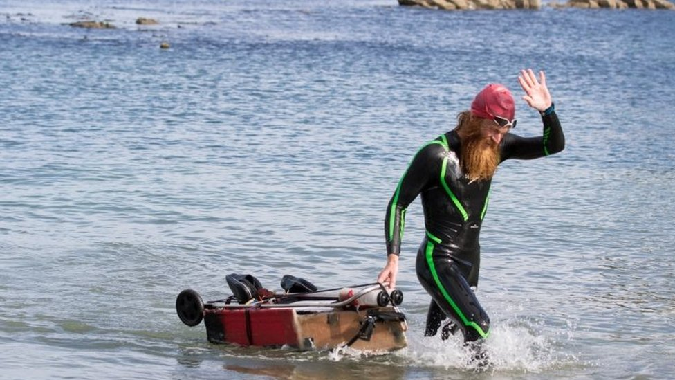 Sean Conway arrives in Lulworth