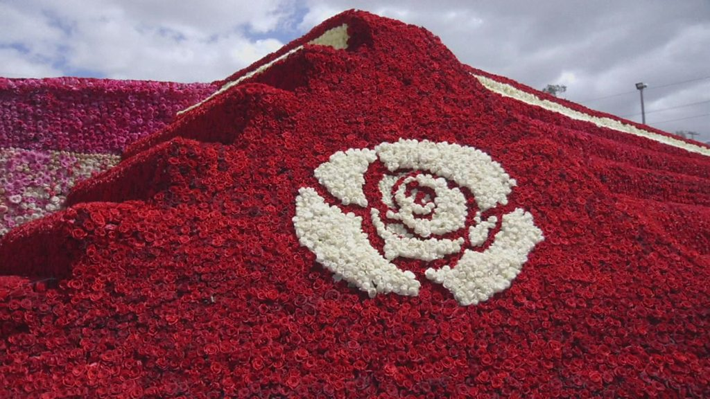 Florists from Ecuador try to break world record