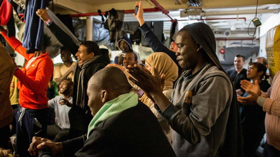 migranti na brodu