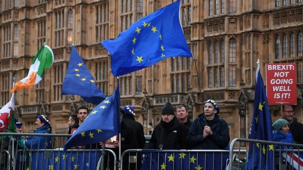 'Cancel Brexit' petition passes 1m signatures on Parliament site