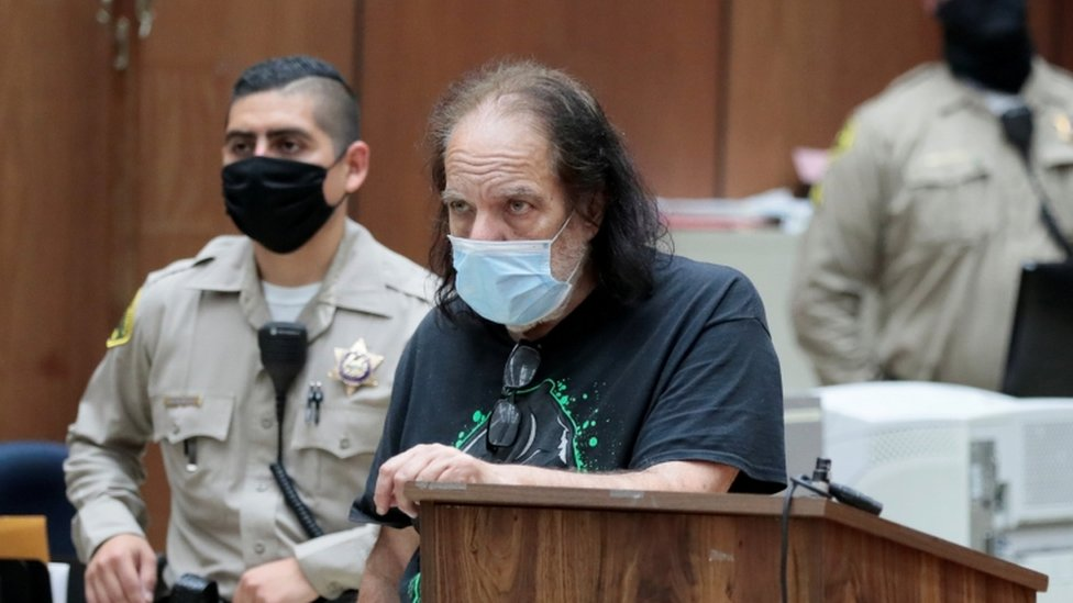 Ron Džeremi na sudu u Los Anđelesu u junu