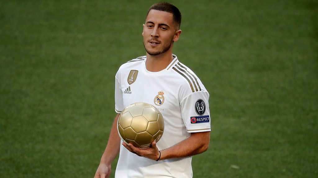 Eden Hazard: Real Madrid's new signing presented at the Bernabeu