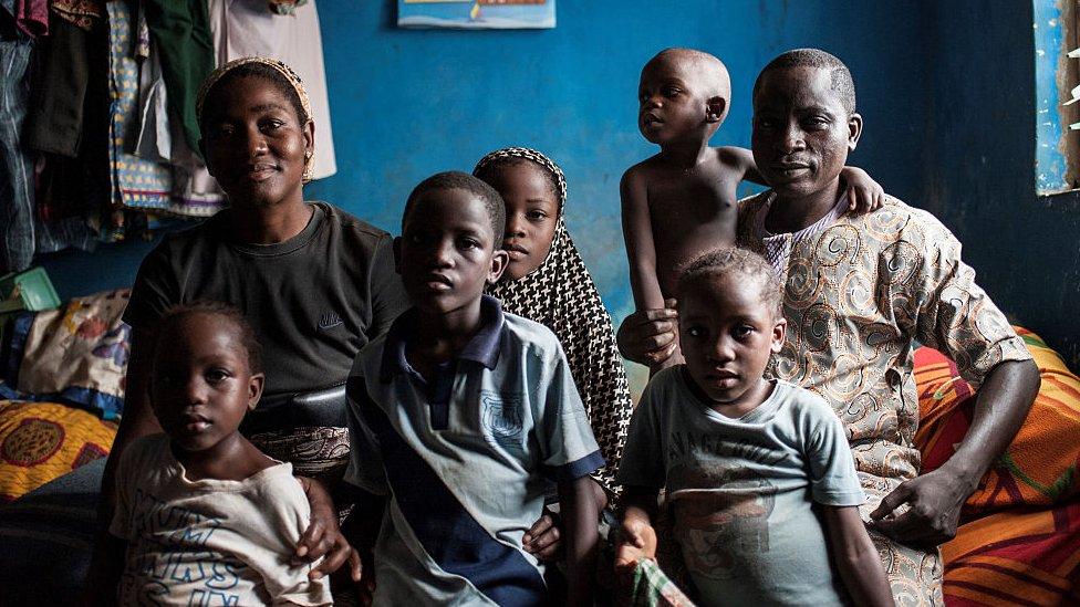 Familia nigeriana