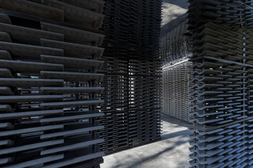 Pabellón 2018 de la Galería Serpentine, diseñado por Frida Escobedo (15 de junio - 7 de octubre 2018)