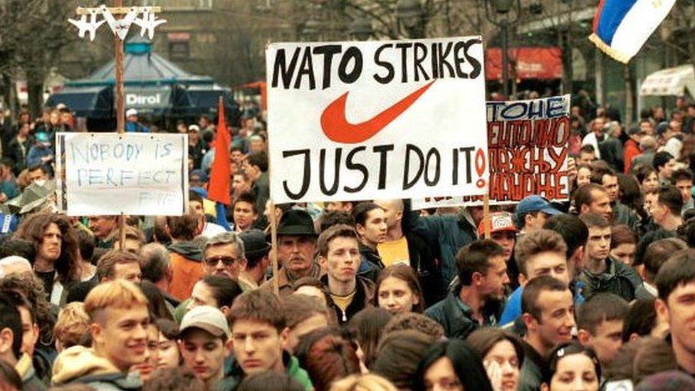 Anti nato demonstracije u Beogradu