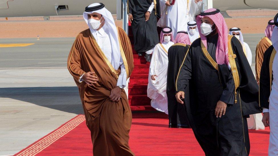استقبل ولي العهد السعودي الأمير محمد بن سلمان الشيخ تميم بن حمد أمير دولة قطر
