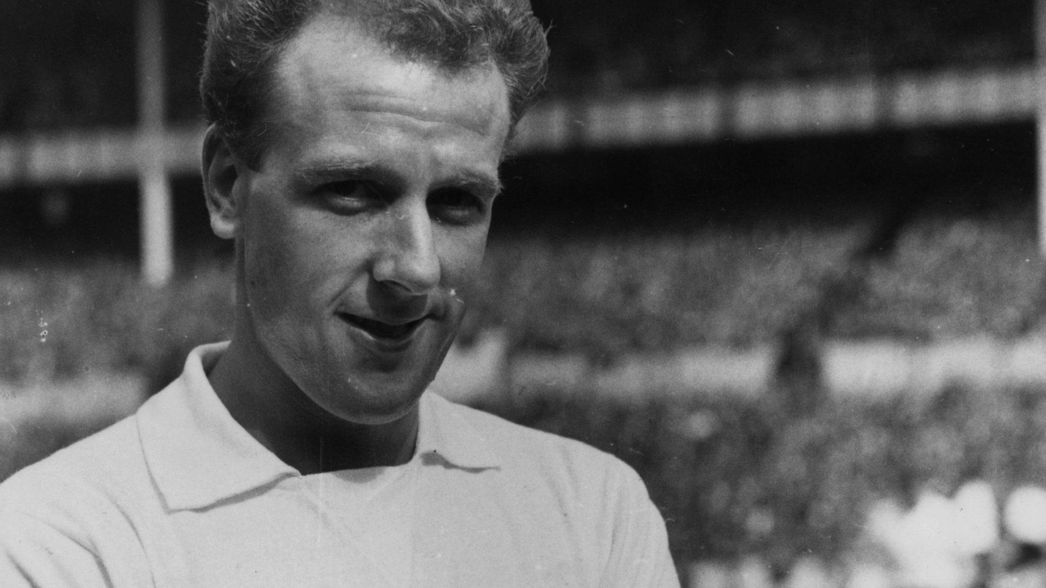Former Forest midfielder Iley dies aged 82