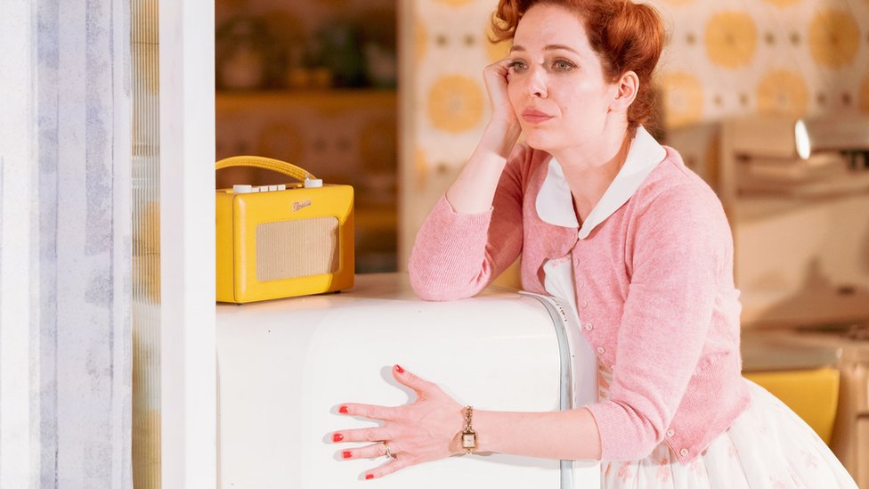 Actress Katherine Parkinson as Nora