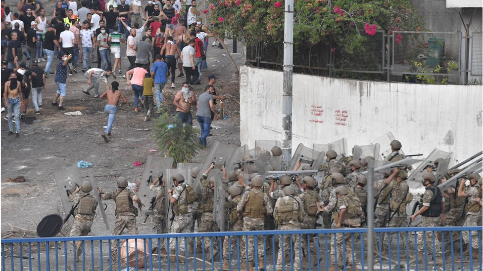 مظاهرات اللبنانيين