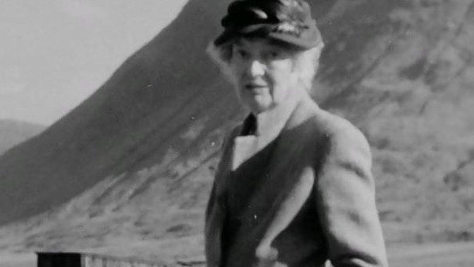 Evelyn Cobbold