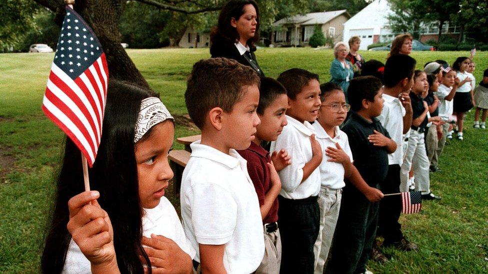 Niños en una escuela de Texas