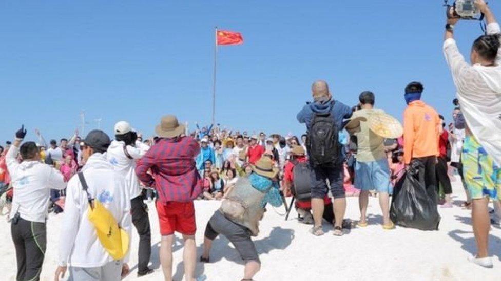 Turis China di Kepulauan Paracel.