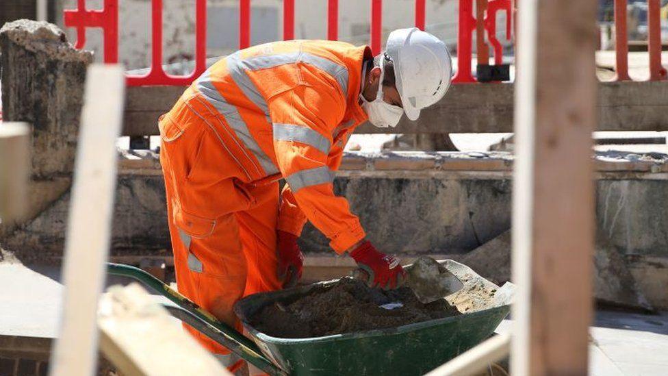 Pekerja konstruksi di Inggris