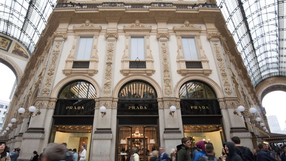 Prada to stop using fur from next year