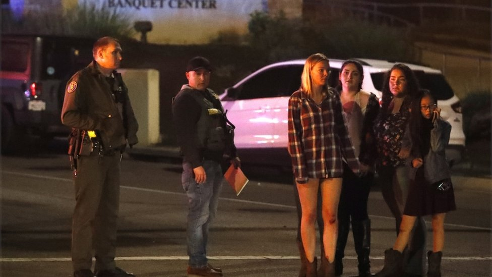 Devojčice i policija