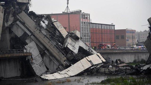 У Генуї завалився великий міст: